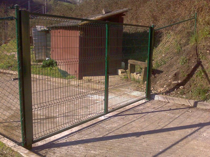 Puertas met licas cercados betigor itxiturak for Puertas para cercados