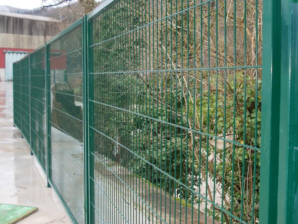 Cercados met licos cercados betigor itxiturak - Vallas de plastico para jardin ...